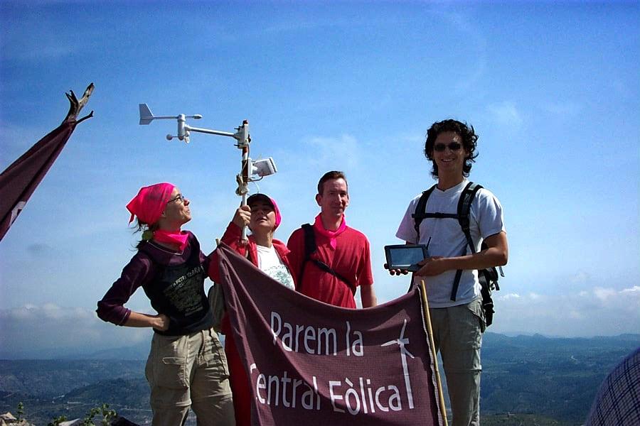 La coordinadora contra los parques eólicos capta adhesiones en los pueblos pequeños